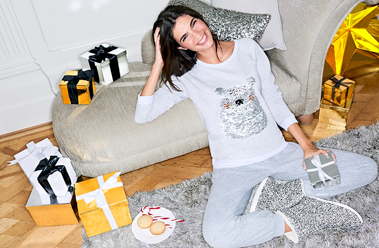 Find the perfect gifts for her with our wide selection at George.com