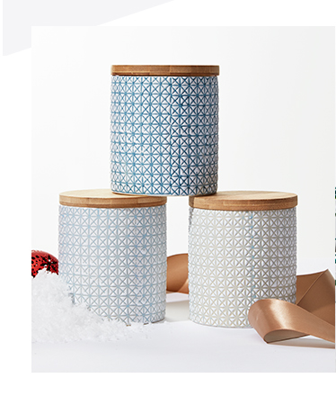 Give the hostess with the mostest something for her home with our selection of homeware and baking accessories at George.com