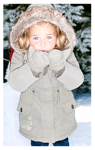 Keep them out of the cold with fleece lined coats, mittens and snug hats at George.com